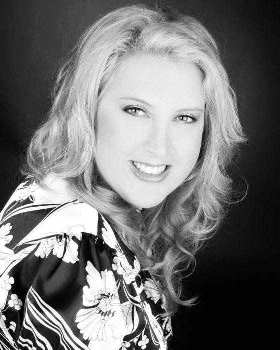 Lisa Moss, staff member at Eyeconic optometry